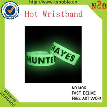 green glow in the dark wristbands for wholesale