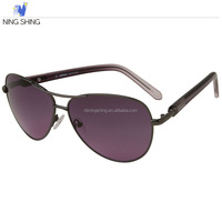 China Sunglass Manufacturers Free Sample Fashionable Sunglasses for Mens Womens