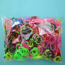 Crazy Cheap DIY Silicone Rubber Loom Bands Bracelet 600pcs silicone loom bands+24 S/C-clips+1 hook+1 OPP bag +printing header