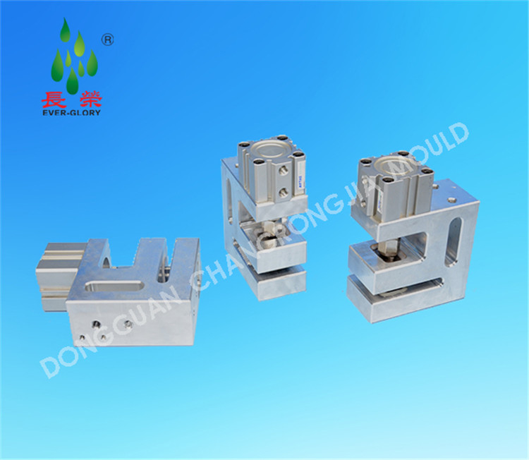 Pneumatic Small Triangle Hole Punching Machine for Plastic Bag