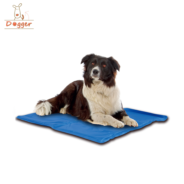 2017 Trending Products Pets Accesories Cooling Dog Bed Pad For Dogs Cool Pet Beds Chilly Gel Mat