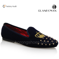 Slip-on rivet and embroidery men loafers shoes flat velvet loafer for men
