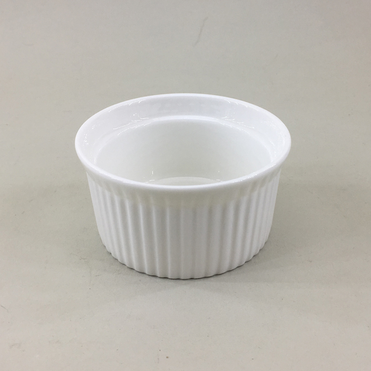 Round shape flat bottom personalized custom white ceramic porcelain bakeware