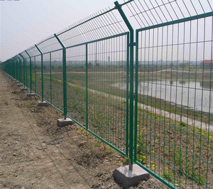 wire mech fence
