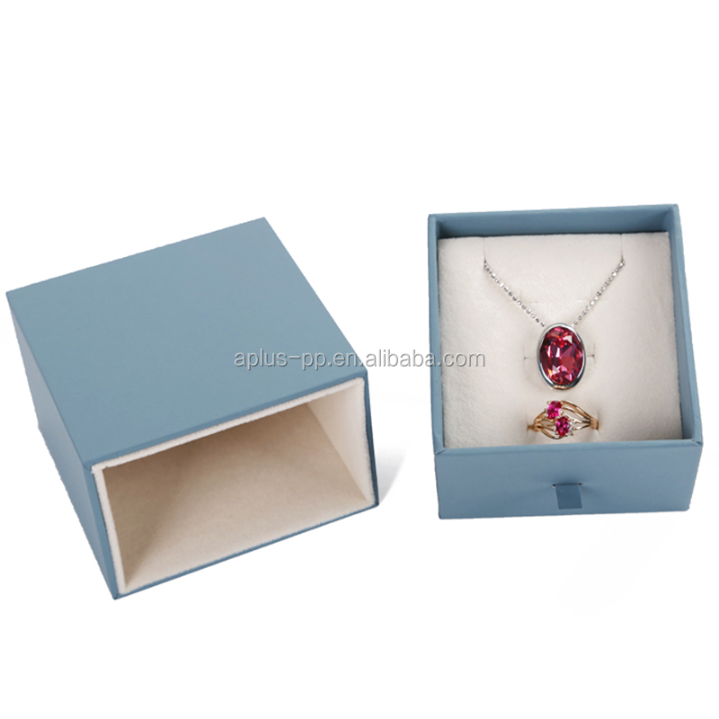 Pretty Luxury Packaging Jewelry Boxes with Insert Fancy Jewelry Box