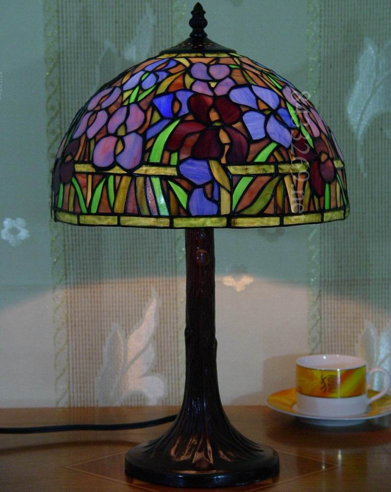 12 Inch Tiffany Style Table Lamp From Factory With Tulip Design