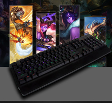 mechanical keyboard of coumputer to be Hot selling colorful LED illuminate ergonomic green axis wired game keyboard
