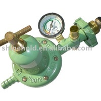 High pressure gas safety regulator with gauge