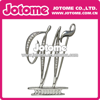 W Letter Shinning Silver Alloy Fashion New Beautiful Design Crystal Rhinestone Cake Topper for Wedding and Party Decoration