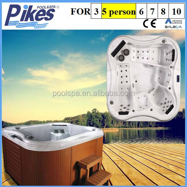 Mini piscine spa with powerful massage jets