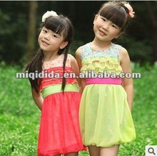 2012 Fashional baby girl summer dress vest design princess dress children lovely straps chiffon lace kids sleeveless dress