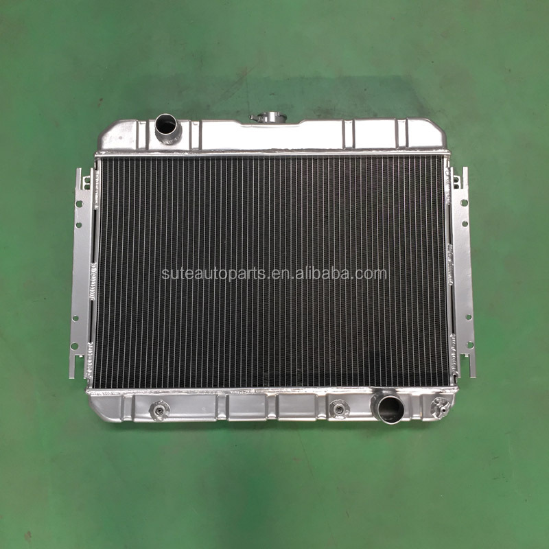 Durable Quality 4 Rows Car Aluminium RADIATOR With Stamped Water Tanks For Mitsubishi