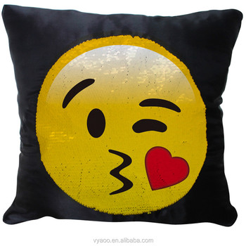 2017 Wholesale Fashion Double face paillette emjo pillow cover