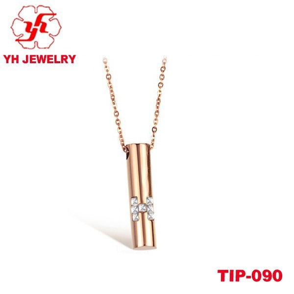 2015 Rose Gold Titanium Pendant With Diamond Cross Design For Ladies Outstanding Quality