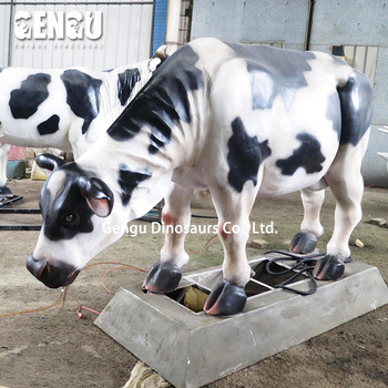 Life size cow model for animal theme park