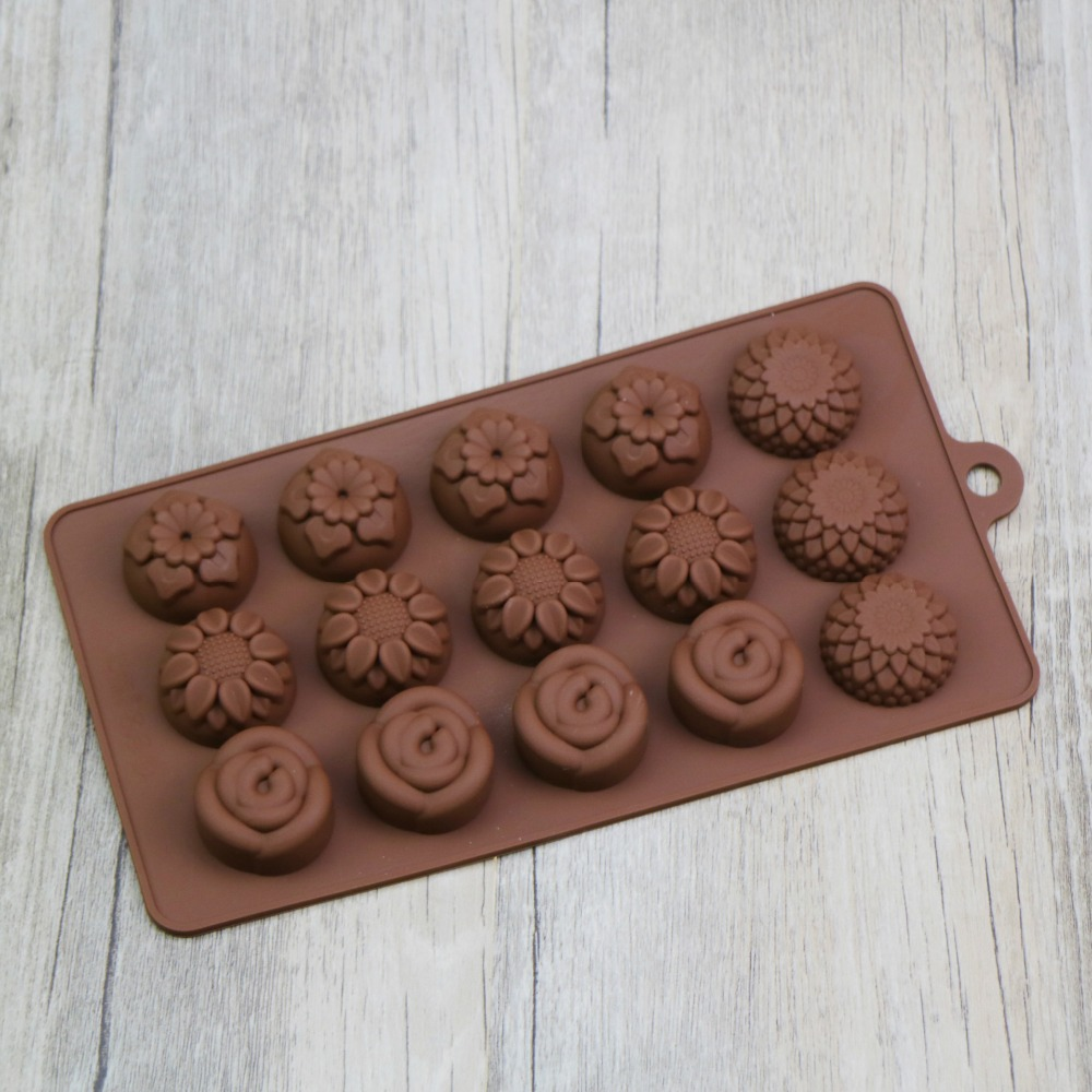 100% FDA Factory Wholesale cheap cupcake baking pan Flowers Shape Silicone Chocolate Mold
