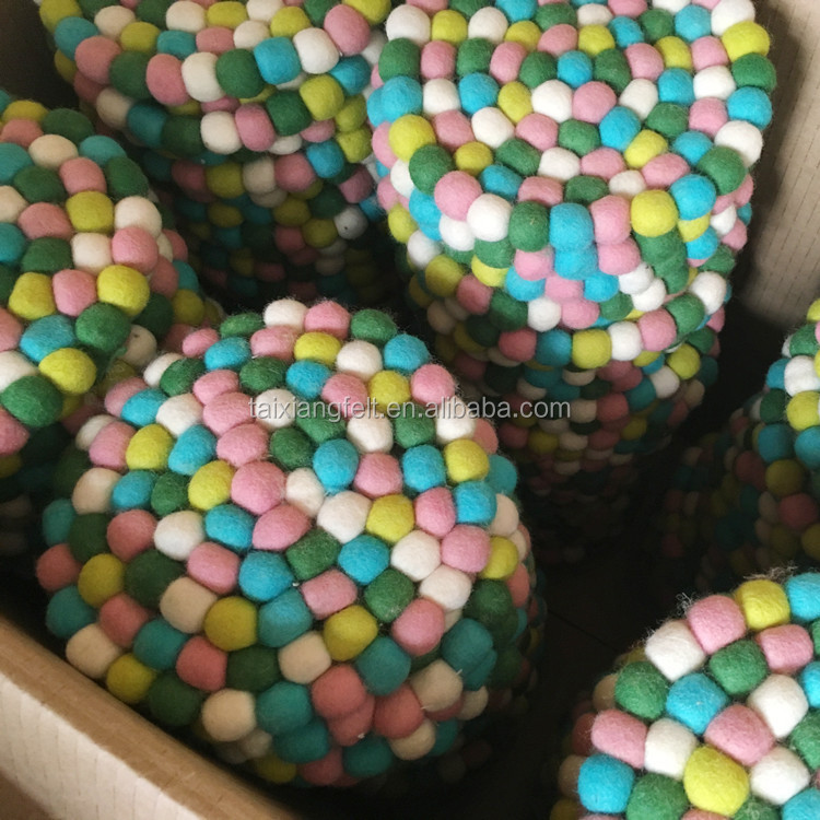 china factory provide felt balls rug/wool balls rug / felt balls rug