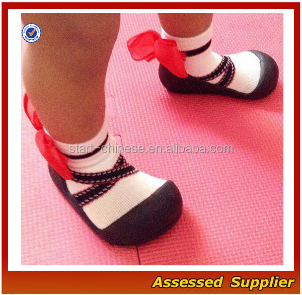 Wholesale Custom Cotton Anti-Slip Infant's Baby Socks Shoes With Red Bow
