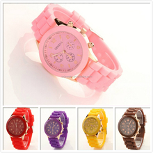 2015 fashion silicone rubber wrist/ gift watch