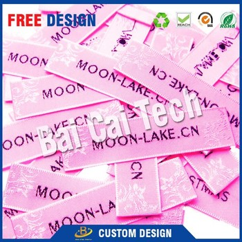 Popular in 2017 spring free sample durable nonirritant washable custom printed woven label