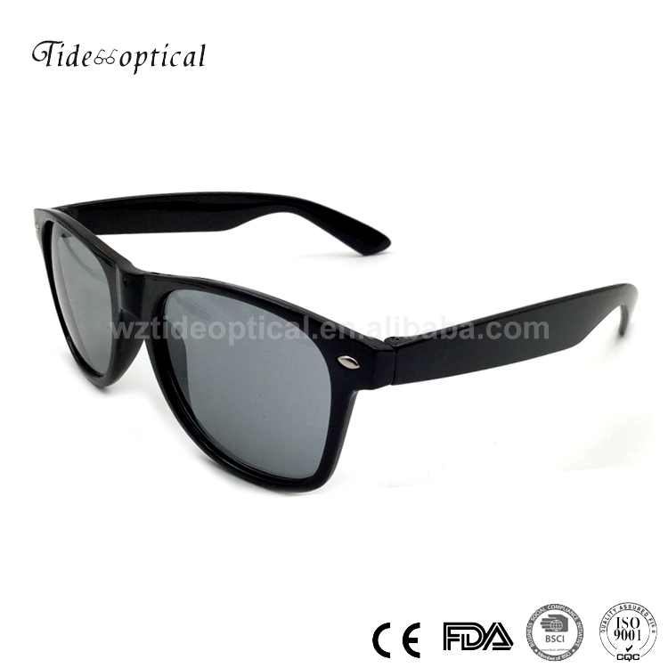 Wholesale pc wayfarers sunglasses with rivets in the front