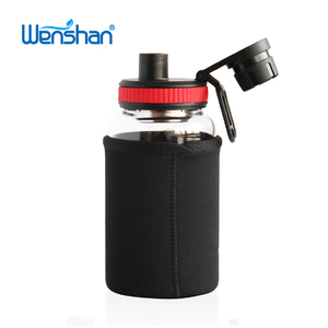 Environmental Borosilicate Drinking Glass Water Bottle with Soft Sleeve
