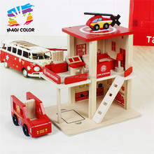 Wholesale cheap wooden fire station play house toy with model car and helicopter W04B030