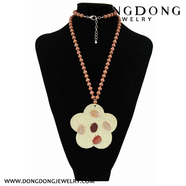 Dongdong 2017 fashion long necklace beads pendant alloy