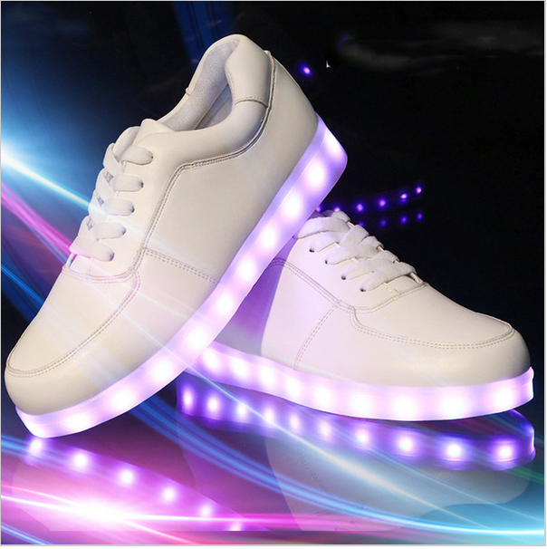 Women Colorful Glowing Shoes with Lights UP LED Luminous Shoes a New Simulation Sole LED Shoes for adults Neon basket LED