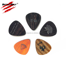 Fashion Popular Custom Logo 100% Really Wood Guitar Picks