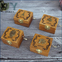 Custom wooden mini hand crank movements wholesale music box