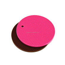 New Kitchen Gadgets silicone rubber honeycomb cooking heatproof mat