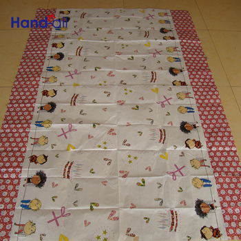 For Multiple Uses Customized Pattern Printing Cartoon Woodpulp Table Cloth