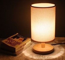 Fabric Shade Desk Lamp With Solid Wood for Bedroom