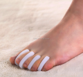 gel toe separator straighten toes spacer silicone toe separator