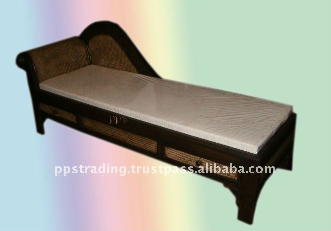 Wood Day bed