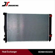High efficiency aluminum auto radiator pa66-gf30
