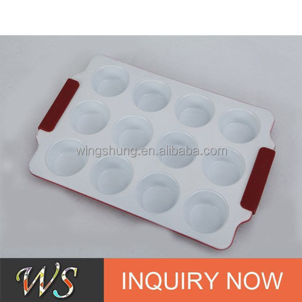 WS-L3013 12 Cup Ceramic Coating Muffin Pan with Silicone Handle