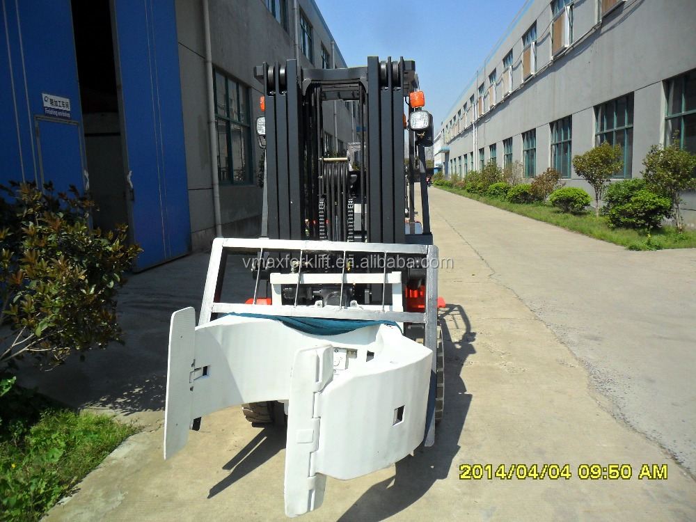 3.0 ton diesel forklift with forklift attachment /Paper Roll Clamp