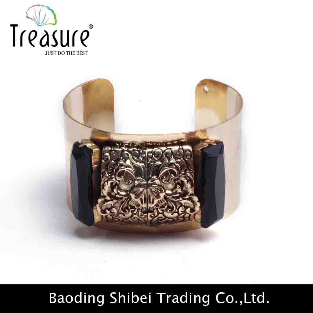 2015 Europe and America antique bronze alloy skull head cuff bracelet