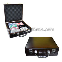 100pcs High Gloss Wooden Case poker chips set With Key