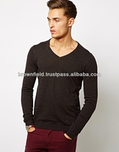 Man's regular fit V-neck 12 GG Sweater Bangladesh Factory