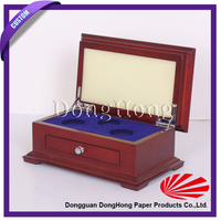 Wood coin display case with velvet tray/Wood commemorative coin case