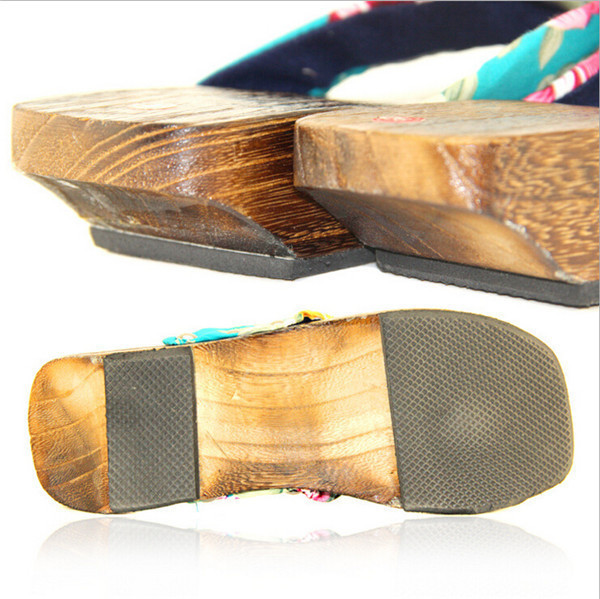 Full experience manufacturing wooden massage shoe