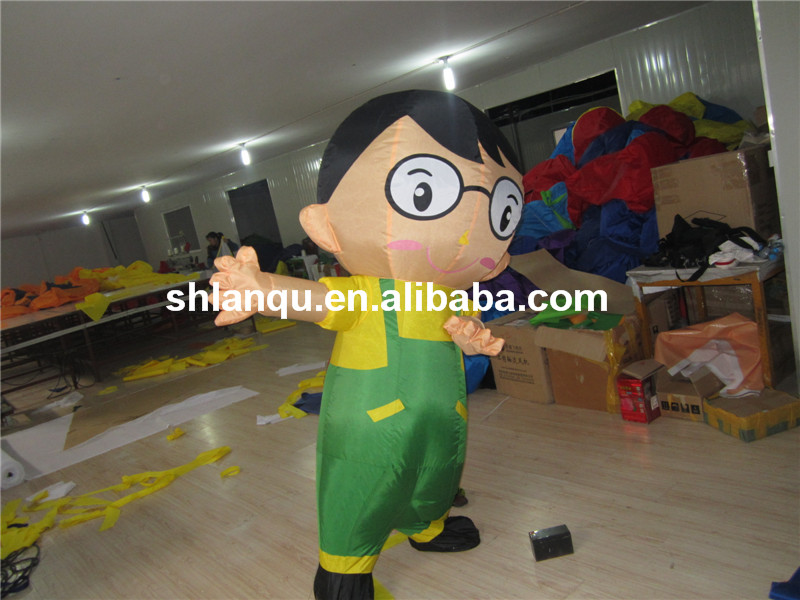 Cheap Inflatable Moving Cartoon for Promotion