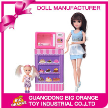 Plastic 2017 Modern Doll With Microwave Oven