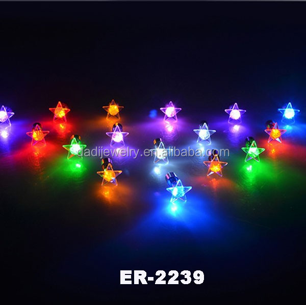 HOT!!Cheap Led earrings wholesale party led lighting earring stud flashing led earrings OEM