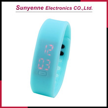 2013 Cheap Hot China Wholesale Custom Silicon Led Personalized Watches
