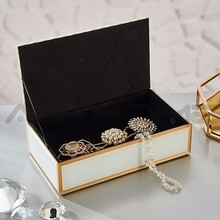User-Friendly Elegant Shape Home Decoration Ring Rolls Jewelry Box