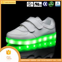 2016 China wholesale LED flashing casual woman shoe cheap sports shoe manufacturer
